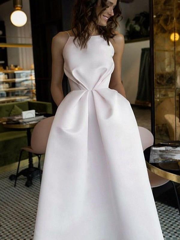 Trapèze/Princesse Sans Manches Licou Longueur mollet Volants Satiné Robes