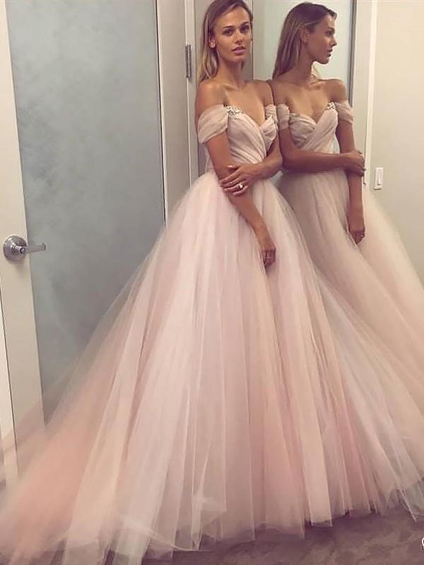 Trapèze/Princesse Sans Manches Épaules dégagées Tulle Perles Traîne courte Robes