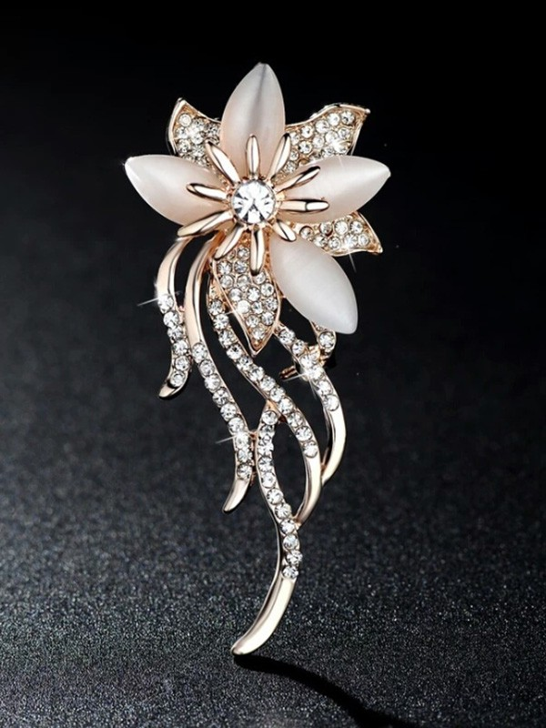Ladies' Gracieux Alliage With Faux diamants Broche