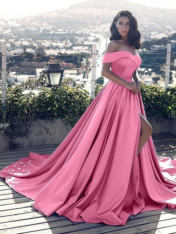 1f2e9376fdc Trapèze Princesse Sans Manches Épaules dégagées Volants Satiné Traîne  moyenne Robes