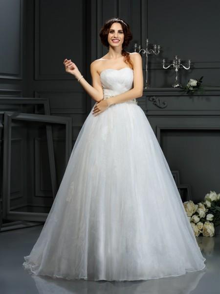 Trapèze/Princesse Col en coeur Appliqués Sans Manches Longue Organza Robes de Mariée