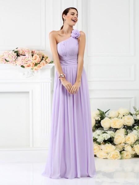 Trapèze/Princesse Col asymétrique Plis Fleurs faites à la main Sans Manches Longue Mousseline Robes de demoiselle d'honneur