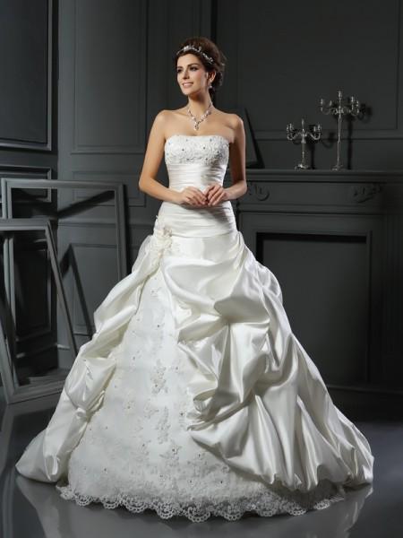 Robe de bal Col en coeur Perles Appliqués Sans Manches Longue Satin Robes de Mariée