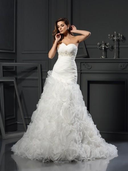 Trapèze/Princesse Col en coeur Perles Sans Manches Longue Organza Robes de Mariée
