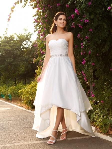 Trapèze/Princesse Col en coeur Perles Sans Manches Traîne asymétrique Organza Robes de Mariée