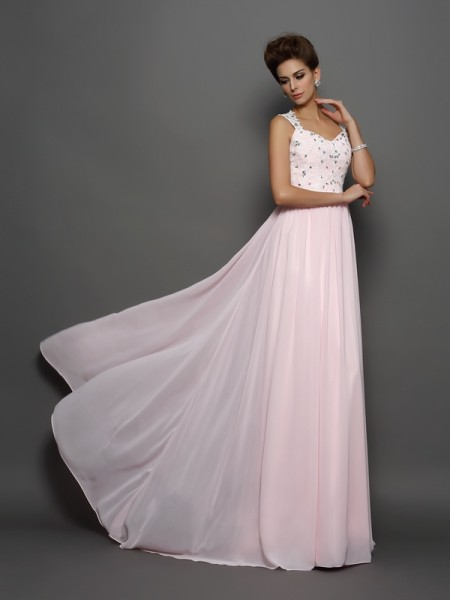 Trapèze/Princesse Avec bretelles Perles Sans Manches Appliqués Longue Mousseline Robes