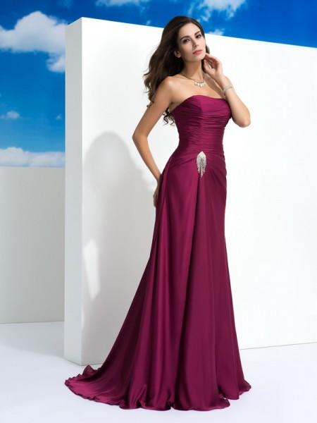 Trapèze/Princesse Sans bretelles Plis Sans Manches Longue Satin Mousseline Robes