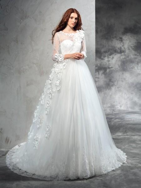 Robe de bal Sheer Neck Fleurs faites à la main Manches Longueues Longue Voile Robes de Mariée