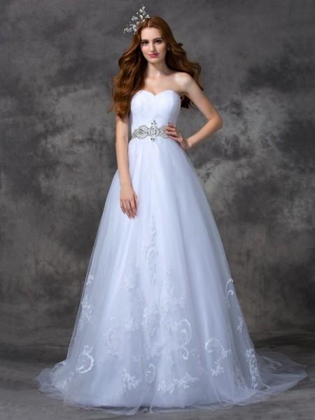 Trapèze/Princesse Col en coeur Perles Sans Manches Longue Satin Robes de Mariée