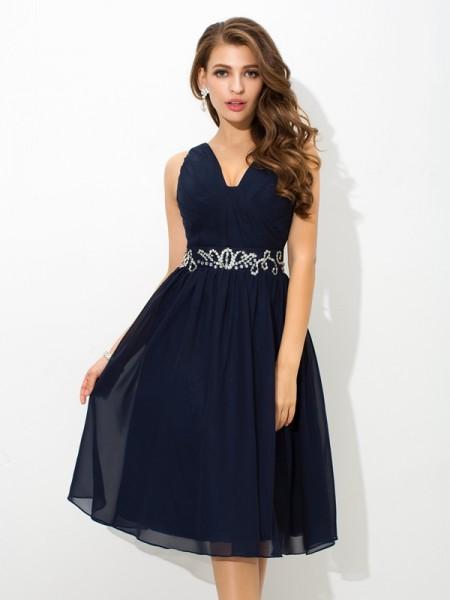 Trapèze/Princesse Avec bretelles Perles Sans Manches Court Mousseline Robes de cocktail