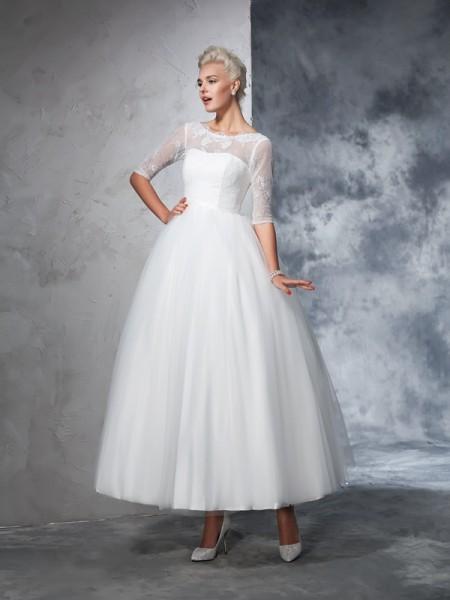 Robe de bal Col bateau Dentelle Manches ½ Longue Voile Robes de Mariée