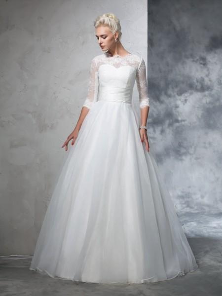 Robe de bal Col ras du cou Appliqués Manches ¾ Longue Organza Robes de Mariée