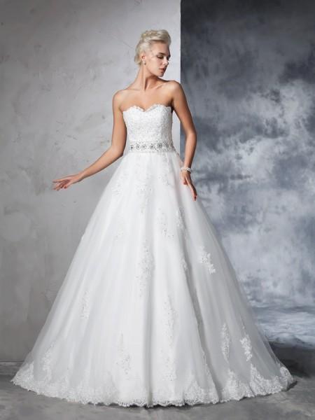 Robe de bal Col en coeur Appliqués Sans Manches Longue Voile Robes de Mariée