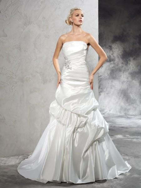 Fourreau Sans bretelles Plis Sans Manches Longue Satin Robes de Mariée