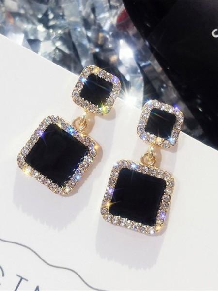Beautiful Col carré Faux diamants Hot Sale Aux Femmes Des boucles d'oreilles