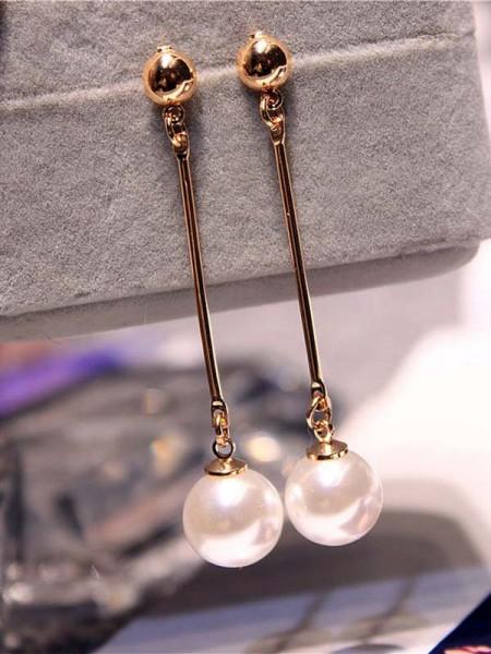 Korean Attractive Imitation Pearl Des boucles d'oreilles For Ladies