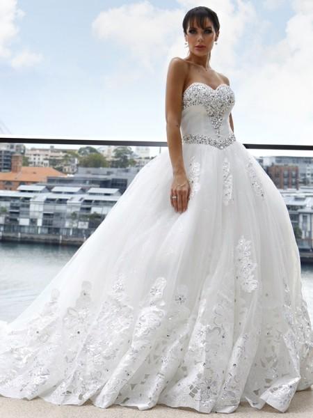 Robe de bal Tulle Col en coeur Appliqués Sans Manches Traîne longueue Robes de mariée