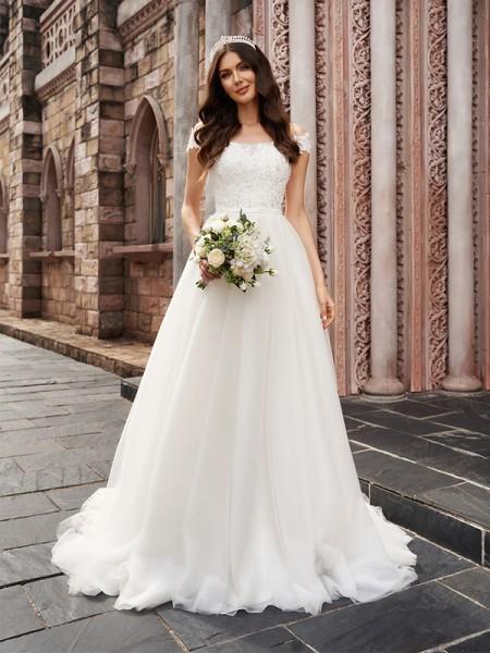 Trapèze/Principessa Appliqués Épaules dégagées Sans Manches Tulle Traîne moyenne Robes de mariée