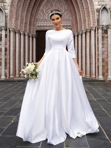 Trapèze/Principessa Satiné Boucles Col col-bateau Manches ¾ Traîne courte Robes de mariée