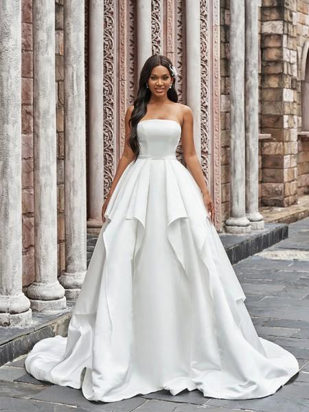 Robe de bal Satiné Volants Sans bretelles Sans Manches Traîne moyenne Robes de mariée