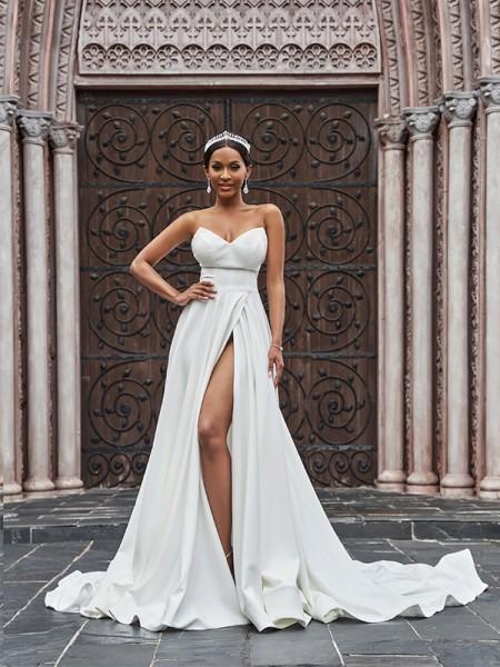 Trapèze/Principessa Stretch Crepe Volants Sans Manches Col en coeur Traîne moyenne Robes de mariée