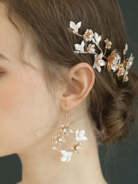 Shinning Alloy With Faux diamants boucles d'oreilles For Women