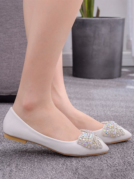 Aux Femmes PU Closed Toe With Faux diamants Flat Heel Flat Des chaussures