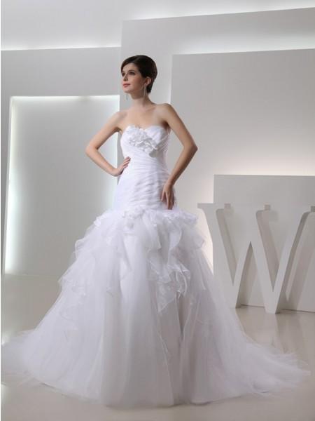 Sirène/Trompette Col en coeur Sans Manches Fleurs faites à la main Organza Robe de mariée