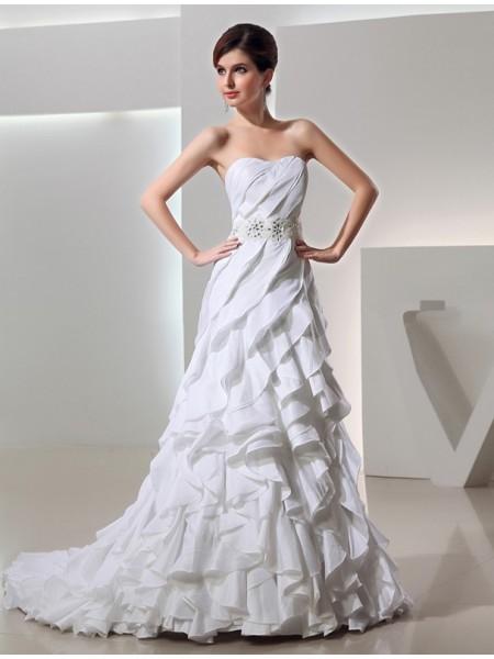 Perles Trapèze/Princesse Longue Col en coeur Sans Manches Taffetas Robe de mariée