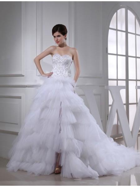 Trapèze/Princesse Perles Col en coeur Sans Manches Satiné Robe de mariée