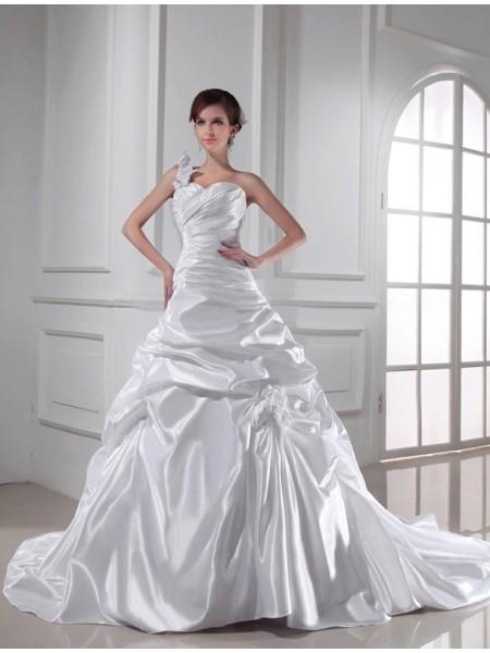 Trapèze/Princesse Col asymétrique Col en coeur Sans Manches Longue Plis Satiné stretch Robe de mariée
