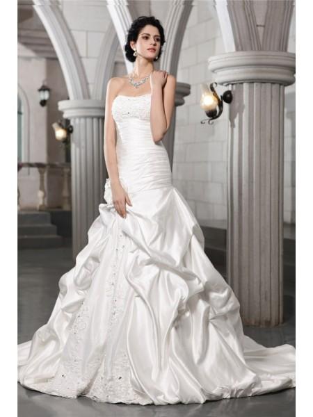 Trapèze/Princesse Sans Manches Sans bretelles Perles Appliqués Fleurs faites à la main Longue Satiné Robe de mariée