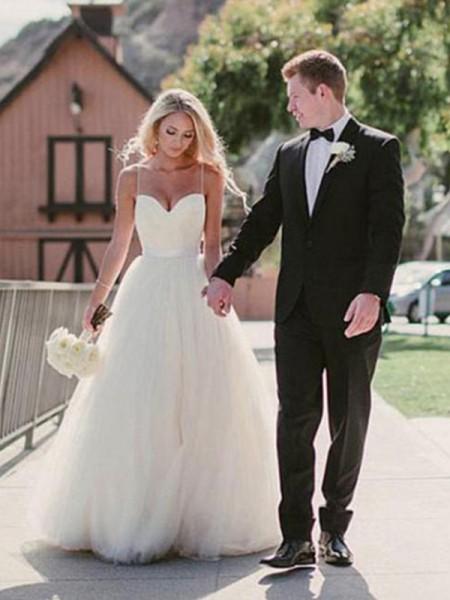 Robe de bal Col en coeur Traîne courte Sans Manches Tulle Robes de Mariée