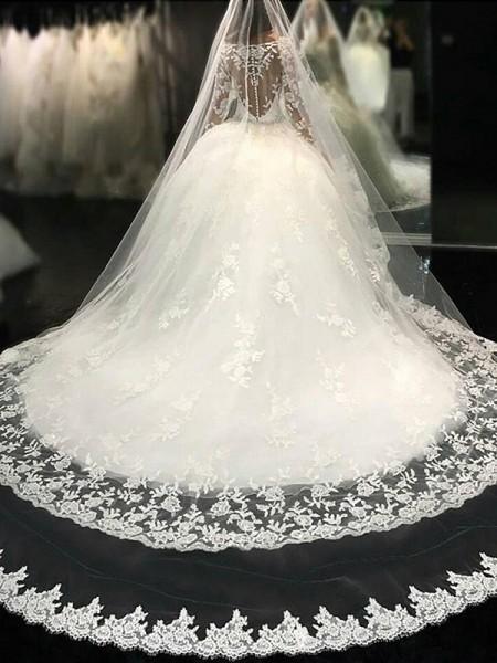 Robe de bal Col plongeant Manches longues Dentelle Traîne longue Appliqués Tulle Robes de Mariée