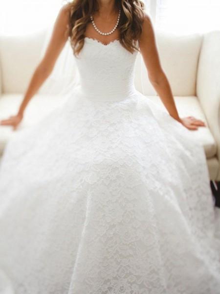Trapèze/Princesse Col en coeur Traîne longue Sans Manches Dentelle Robes de Mariée