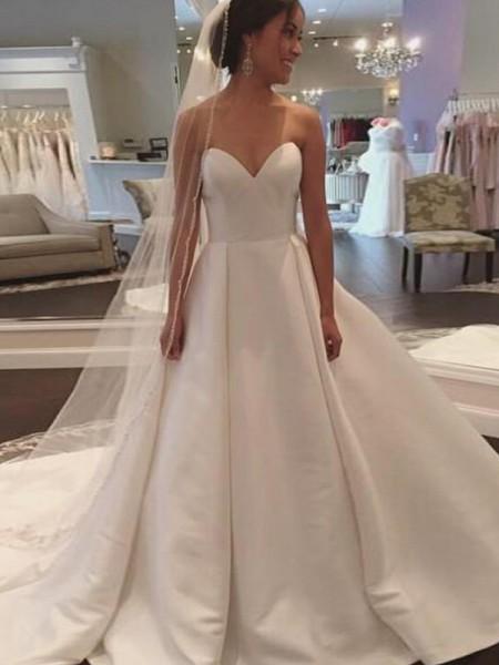 Robe de bal Sans Manches Col en coeur Traîne moyenne Satiné Robes de Mariée