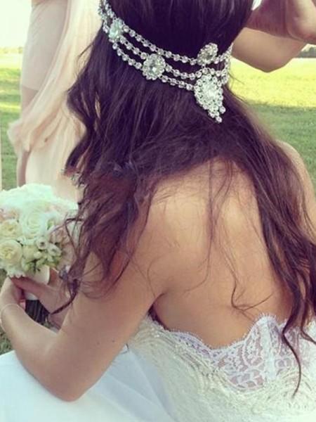 Trapèze/Princesse Col en coeur Sans Manches Tulle Dentelle Traîne moyenne Robes de Mariée