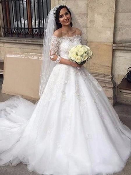Robe de bal Tulle Épaules dégagées Appliqués Manches ¾ Traîne mi-longue Robes de Mariée