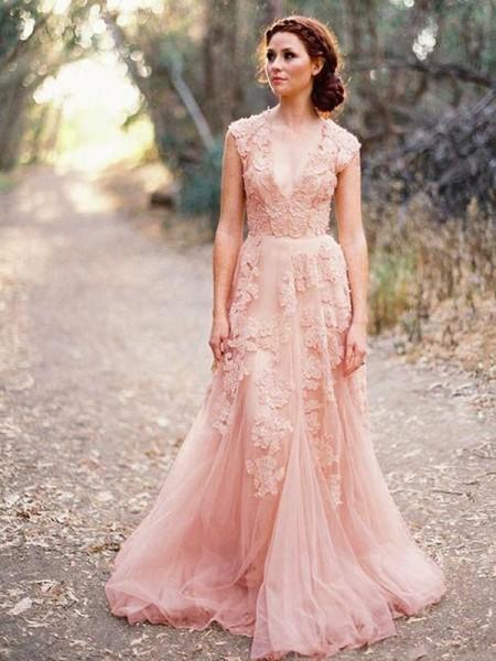 Trapèze/Princesse Appliqués Tulle Col en V Sans Manches Traîne courte Robes de Mariée