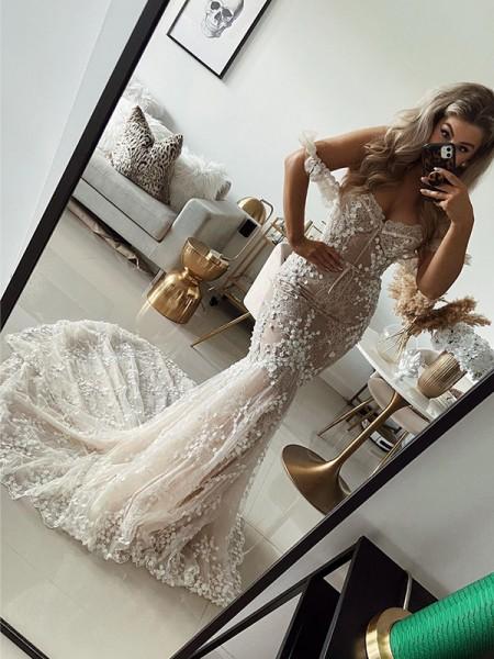 Sirène/Trompette Épaules dégagées Tulle Appliqués Sans Manches Traîne courte Robes de mariée