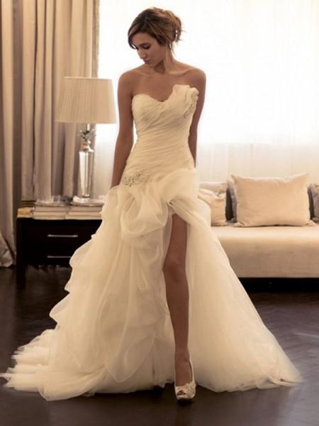 Robe de bal Organza Perles Col en coeur Sans Manches Traîne courte Robes de Mariée