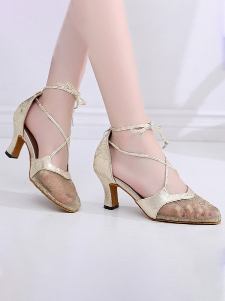 Aux Femmes Leatherette Closed Toe With Dentelle Chunky Heel Des sandales