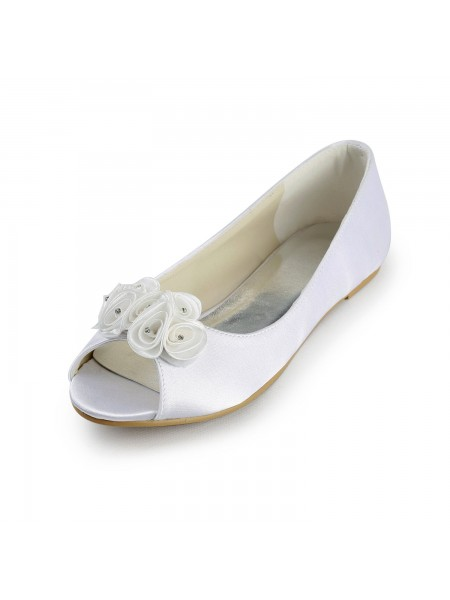 Women's Satin Flat Heel Peep Toe Sandals White Chaussures de mariage With Satin Flower