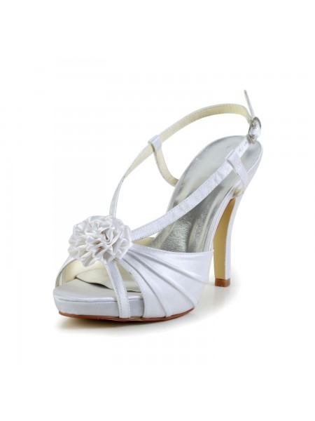 Women's Satin Stiletto Heel Peep Toe Plate-forme White Chaussures de mariage With Buckle
