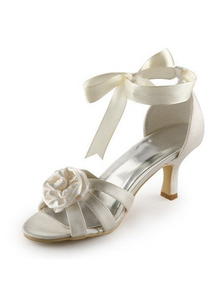 Women's Satin Stiletto Heel Sandals Ivory Chaussures de mariage With Satin Flower