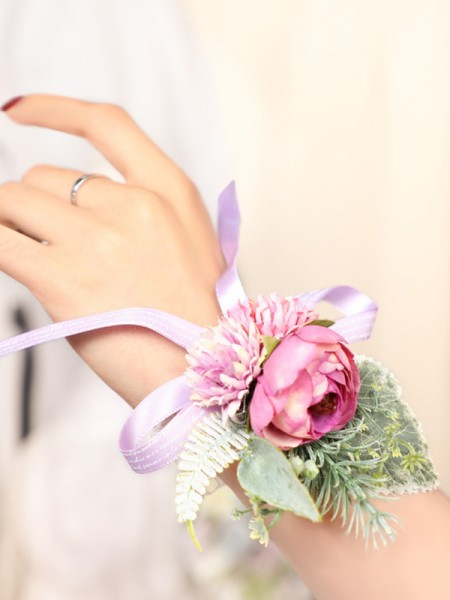 Blooming Silk Flower Poignet Corsage