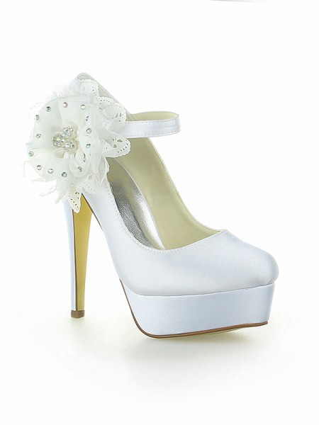 Women's Satin Plate-forme Toe Fermé With Flower Stiletto Heel White Chaussures de mariage