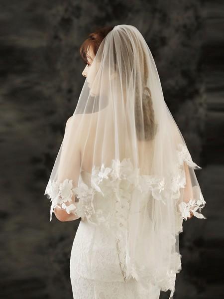 Charming Tulle Fingertip De mariée Voiles With Appliqués