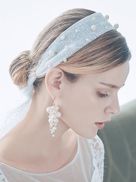 Étourdissant Tulle One-Tier Elbow De mariée Voiles With Imitation Pearl And Des boucles d'oreilles