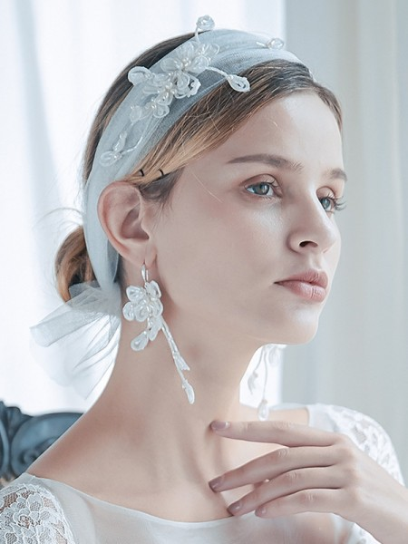 Tendance Tulle One-Tier Shoulder Voiles With Pearl And Des boucles d'oreilles